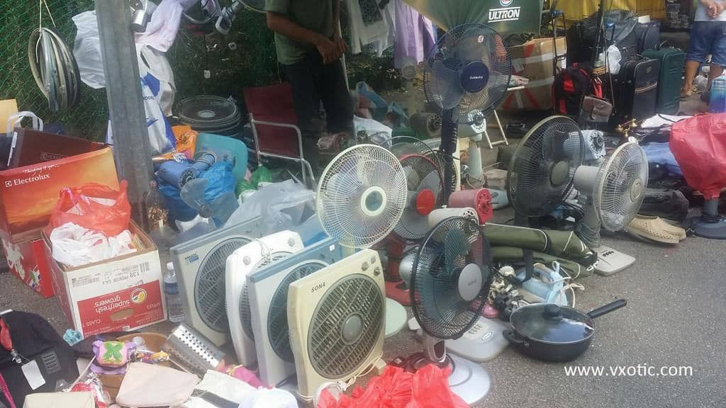 Sungei-Road-Thieves-Market-Singapore (1)