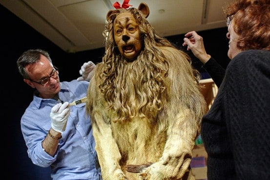Wizard-of-Oz-Cowardly-Lion-Original-Costume