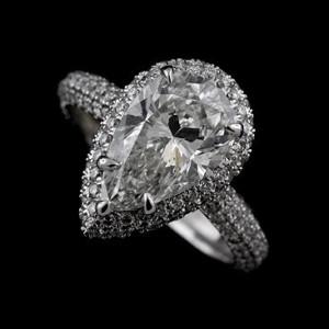 antique-diamond-cut-wedding-ring