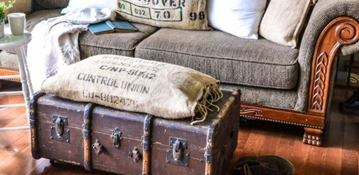 How to Use Vintage Suitcases as Decor for Your House