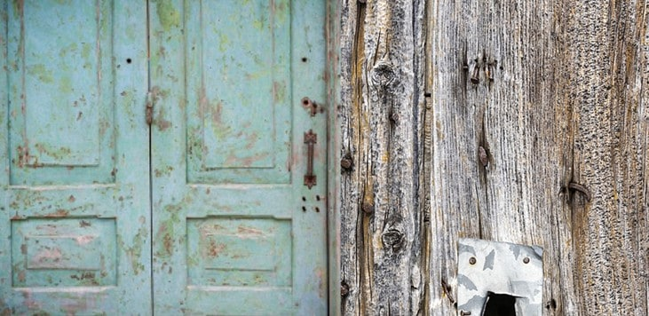 9 Brilliant Ways To Use Antique Doors In Your Home